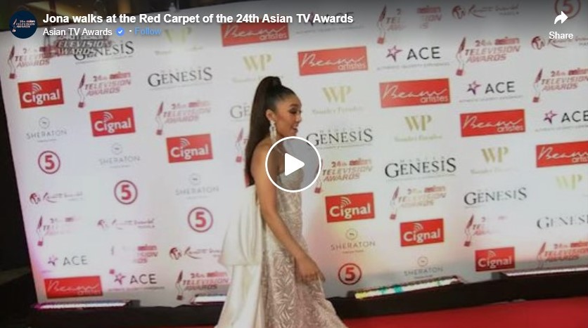 jona walks at the red carpet of the 24th asian tv awards